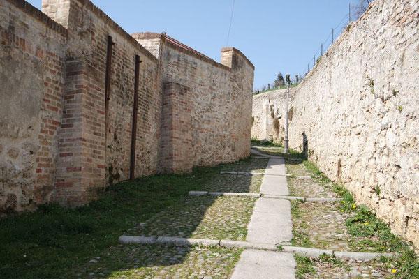 Auf geht's zum Castello