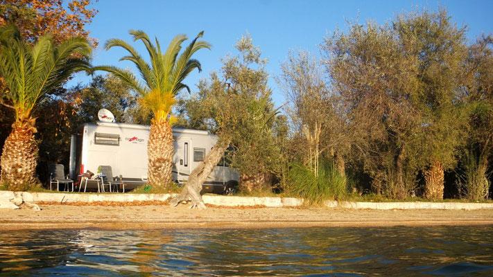 Loge auf dem Camping in Kato Gatzea bei Volos