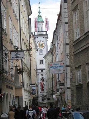 Menschentrubel in Salzburgs Altstadt