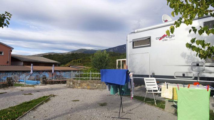 Slowenien: Auf dem Weingut in Dornberk - der familiäre, sympathische Stellplatz