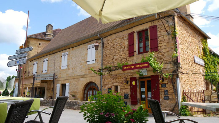 Im Dorfkern von St. Léon