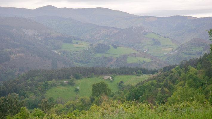 Auf Galizien folgt die Asturische Bergwelt und erinnert ans heimische Zürcher Oberland