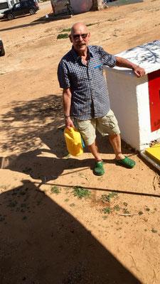 Fitness-Programm: Barni sorgt für Frischwasser-Zufuhr