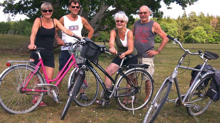 Auf abenteuerlicher Radtour mit Cousin und Partnerin in Uppsala's Naherholungsgebiet