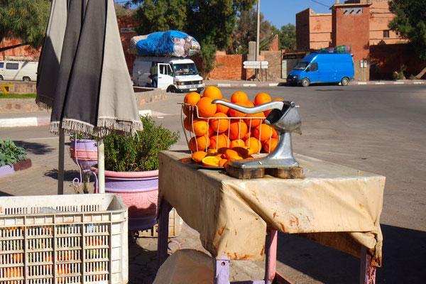 Nicht nur in Foum-Zguid gibts herrlich  frisch gepressten Orangensaft