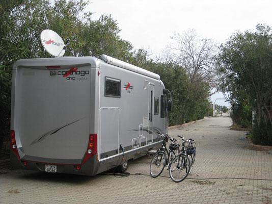 Wir als einzige Gäste auf dem Campingplatz in Badolato