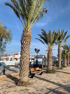 Am Hafen in Elounda