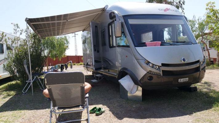 Im Camping Relais de Marrakech ist Entspannung auf dem Liegestuhl Trumpf