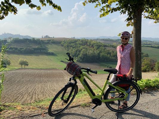 Entspannte Radtour hinauf nach Conzano
