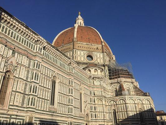 Mächtiger Duomo aus der Nähe