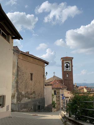Ein verschlafener Ort im Piemont