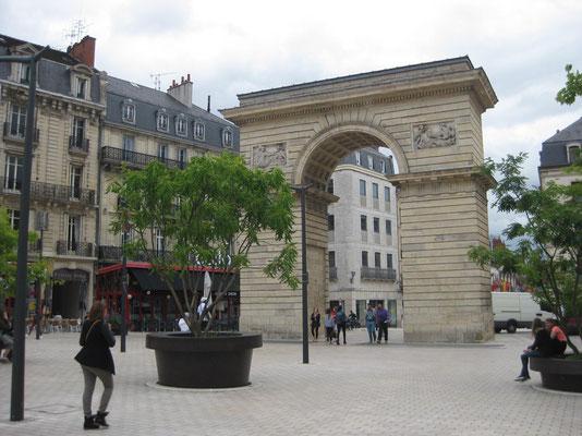 Der Triumphbogen von Dijon
