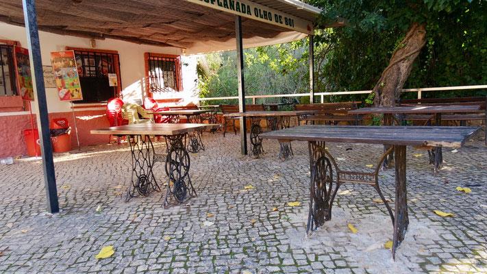 Singer-Nähmaschinen werden in Portugal ......