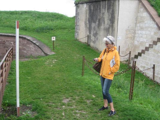 Mit dem Audiogerät durch die Festung