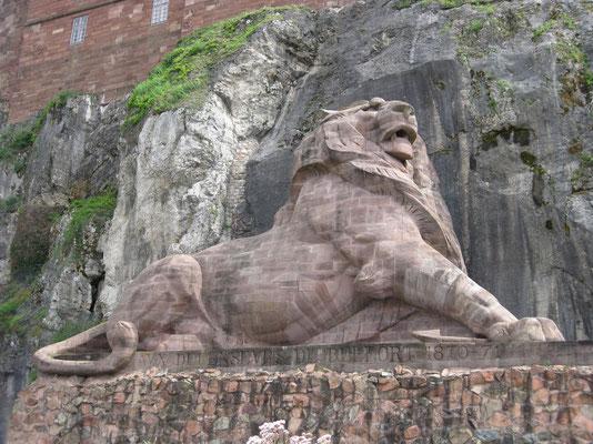 Der stattliche Löwe als Wahrzeichen der Stadt