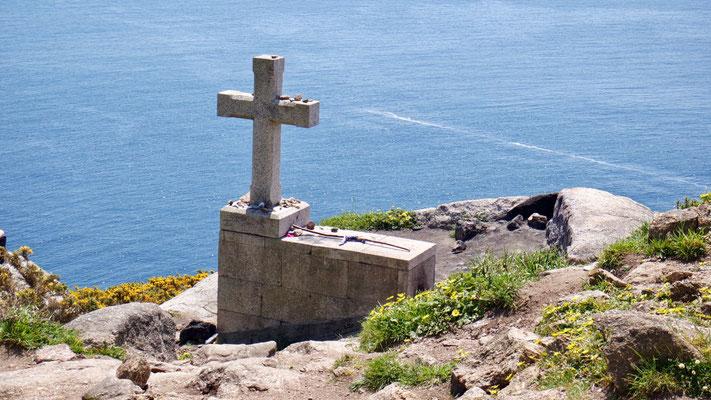 Die Feuerstelle am Kap Finisterre - für das Verbrennen der Pilgerkleidung am Ende des Jakobsweges