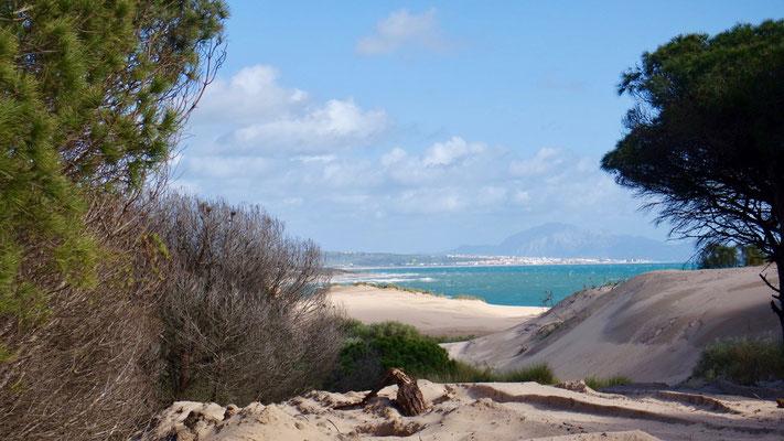 Sonntagsaussicht zwischen den Dünen bei Tarifa