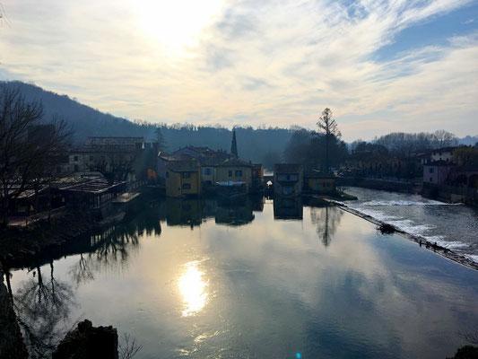 Borghetto sul Mincio  visto dal Ponte visconteo
