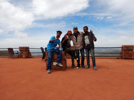 L'équipe de  Lalibela en Ethiopie.  Voyage Séjour Trekking et randonnée, Road Trip en Ethiopie.  Région Amhara