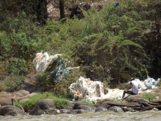 Les Pêcheurs du Lac Chamo en Ethiopie. Voyage Séjour Trek Trekking Randonnée Road Trip en Ethiopie Visite de la Vallée de l'Omo en Ethiopie.