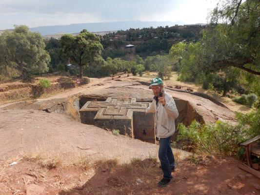 Lalibella St Georges Church. Voyage Séjour Trekking et randonnée, Road trip en Ethiopie. Visite de la Région Amhara en Ethiopie.