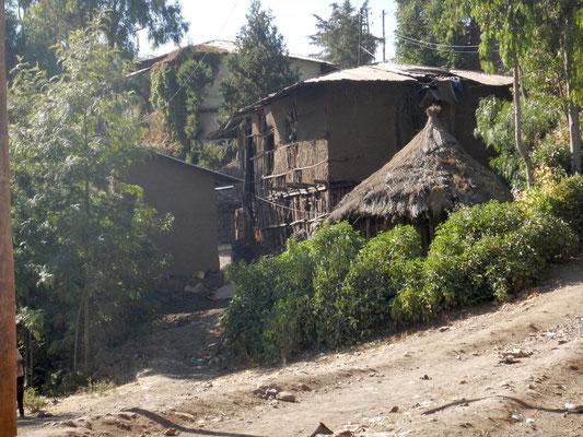 Lalibela en trek une ville sereine.  Voyage Séjour Trekking et randonnée, Road Trip en Ethiopie.  Région Amhara