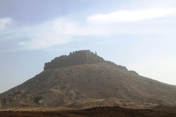 Keine Burgruine, sondern Vulkanformation