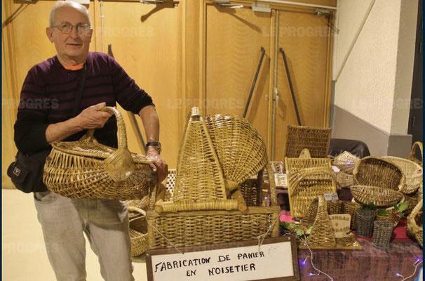 maurice fumey - 10ème marché de noël de l'association llb - lons le saunier - jean paul barthelet - le progrès