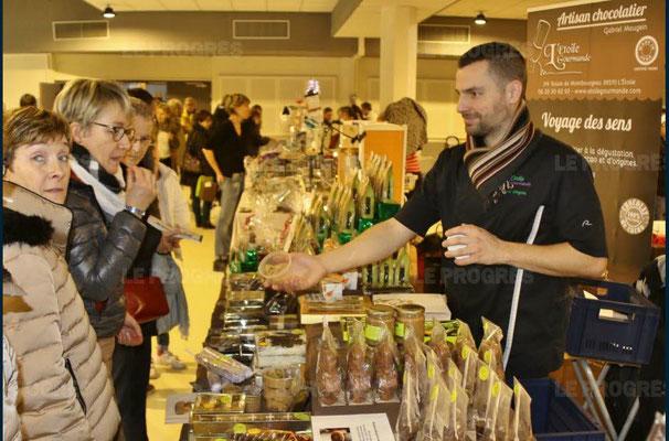 gabriel maugein - 10ème marché de noël de l'association llb - lons le saunier - jean paul barthelet - le progrès