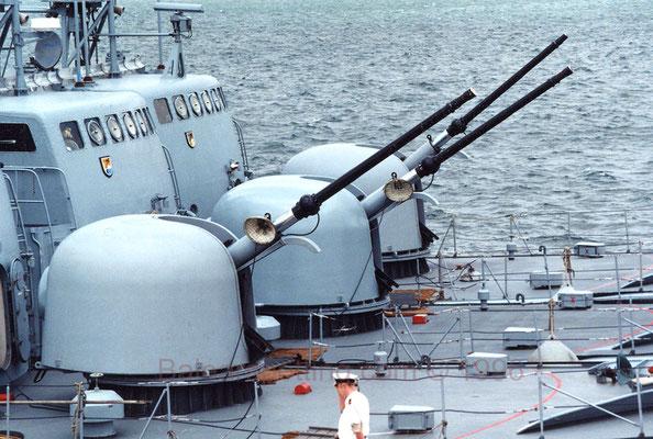 Cañón Oto Breda DP de 76 mm/62 cal.