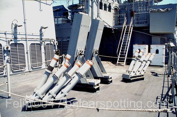 Sistemas lanzadores de chaff y bengalas SRBOC y NULKA