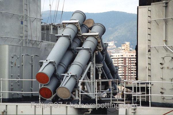 Canastas de misiles antibuque Harpoon