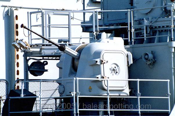 Cañón OTO-Breda  de 30mm