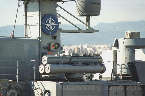 Montaje triple Mk32 de tubos lanzatorpedos de 324mm