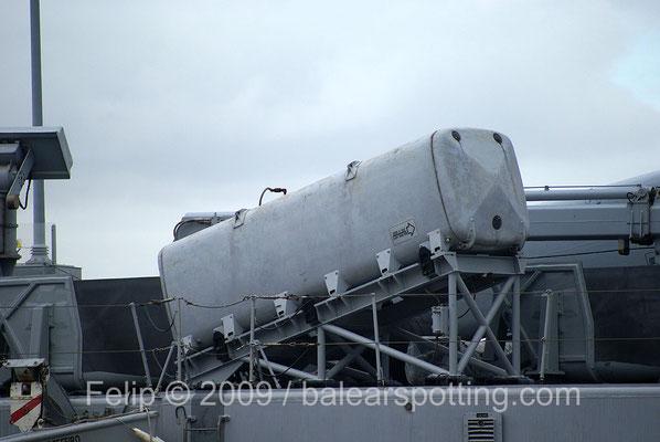 Tubo lanzador doble para el misil antibuque Teseo Otomat Mk 2