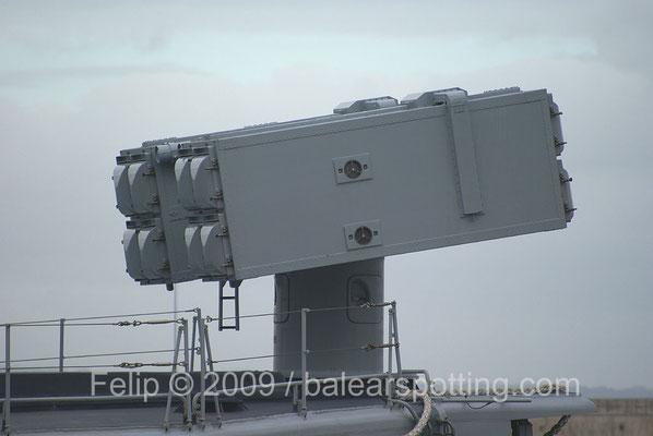 Sistema óctuple Albatros SAM para misiles Aspide