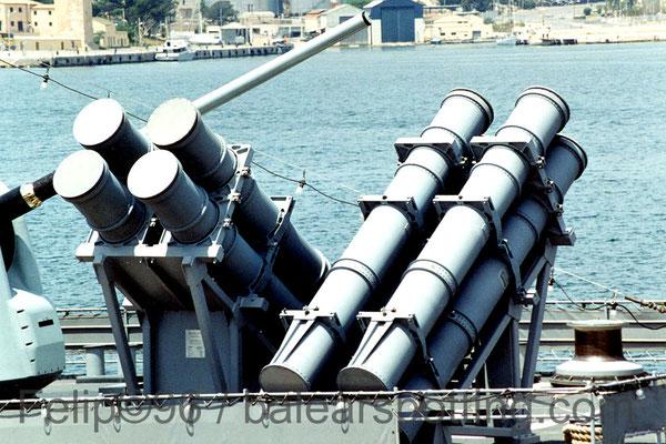Lanzadores cuadruples para los misiles BGM-88 Harpoon