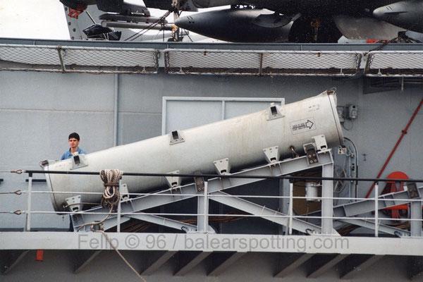 Lanzador misiles antibuque Teseo Otomat