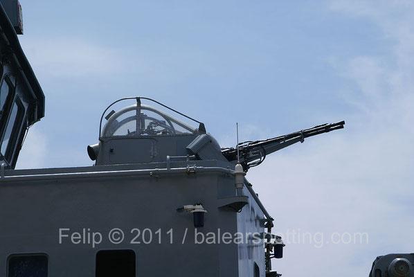 Cañón doble ZU-23-2MR de 23mm.