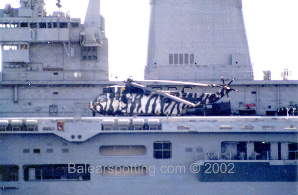 Sea King Commando de los Royal Marines (R06 Illustrious 18.03.2002)