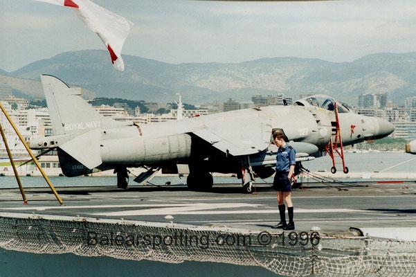 Sea Harrier FA.2 (R05 Invincible 19.09.1996)