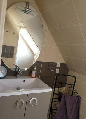Bad oben Waschbecken