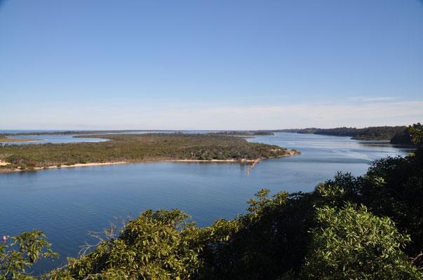 """Aussicht von """"Jemmys Point"""" auf die 400 qkm grosse Wasserlandschaft"""