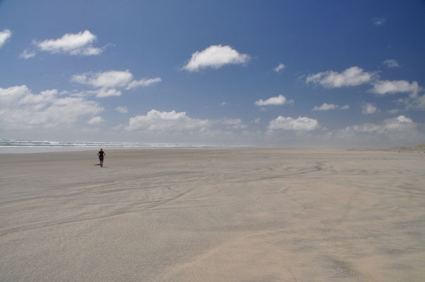 Endlose Weiten am Farewell Spit und Sand so weit das Auge reicht