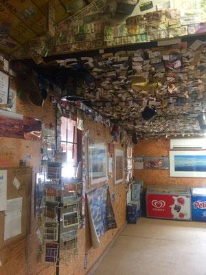 Pub in William Creek - es gibt viel zu sehen!