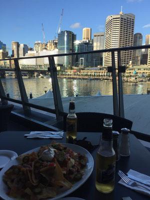 Aussicht vom Hard Rock Café auf den Darling Harbour.