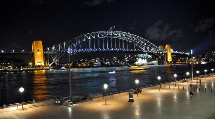 Harbour Bridge bei Nacht (Blick vom Opernhaus)