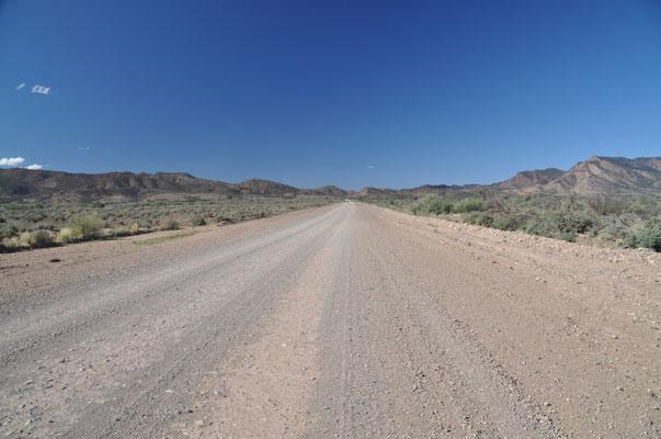 Blick zurück zu den Flinders Ranges...