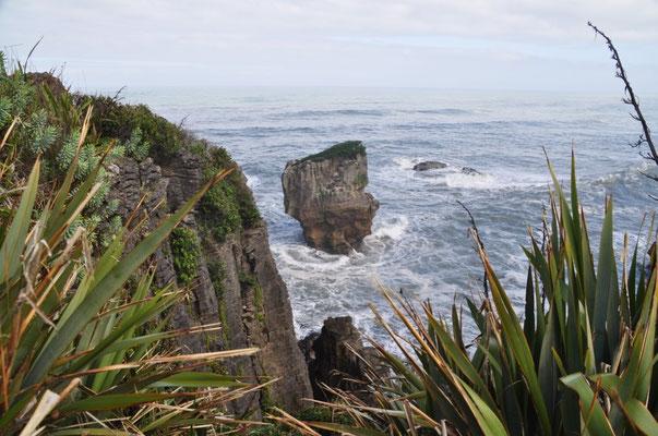 """Teilweise wurden damit die Felsen vom """"Festland"""" getrennt."""