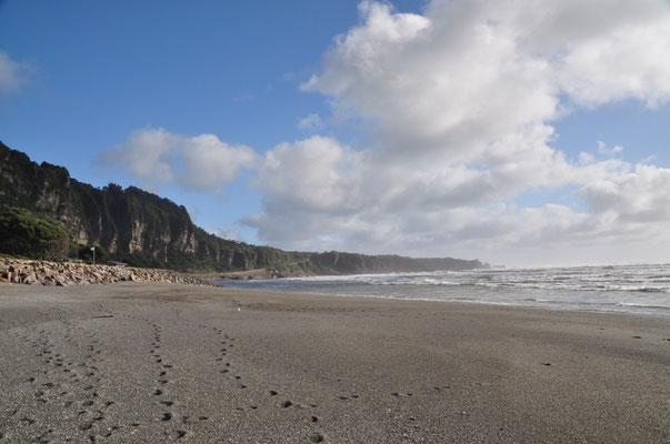 Am Strand vor Punakaiki
